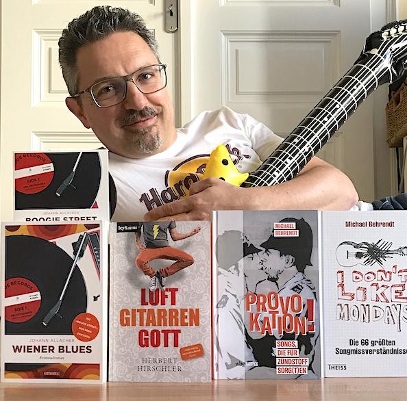 Günther Wildner vergleicht im FSM-Interview die Buch- und Musikbranche